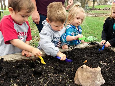 Nature Tots Earth Day