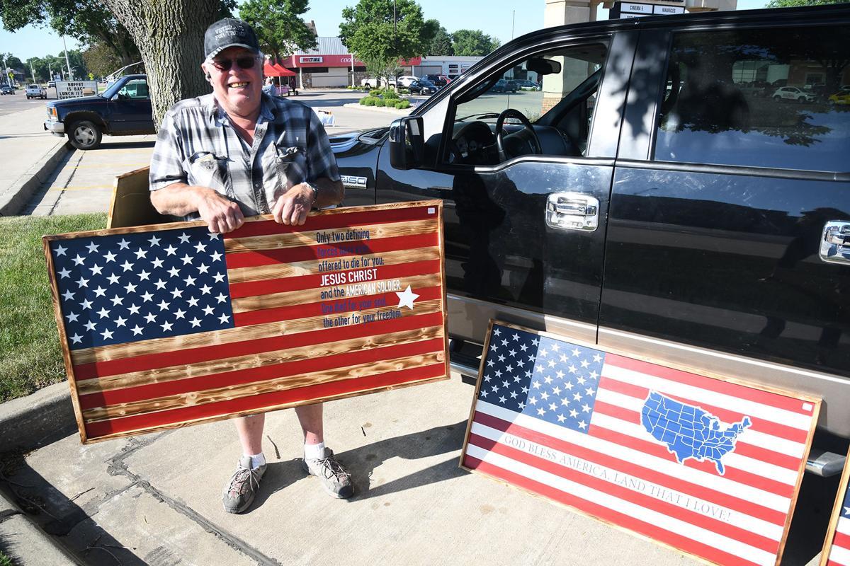 Jim Keizer wooden American flags 1