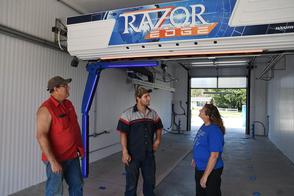 New car wash opens in Sutherland
