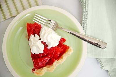 Strawberry Recipes 042121 5286 WEB.jpg