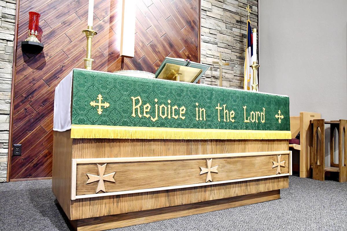 Peace Lutheran Church altar