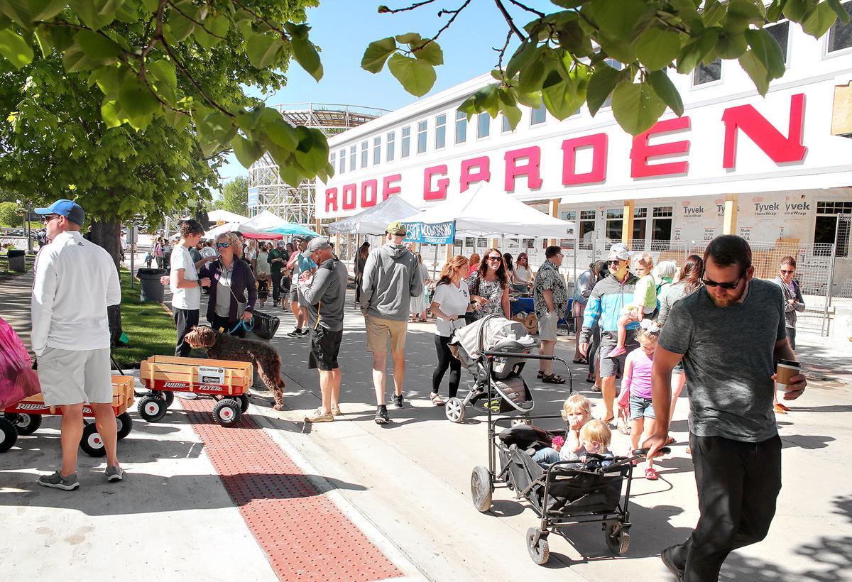 farmers market in the park 052519 0287 WEB.jpg