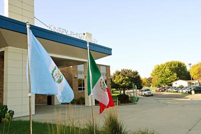 Kinsey Mexico, Guatemala flags