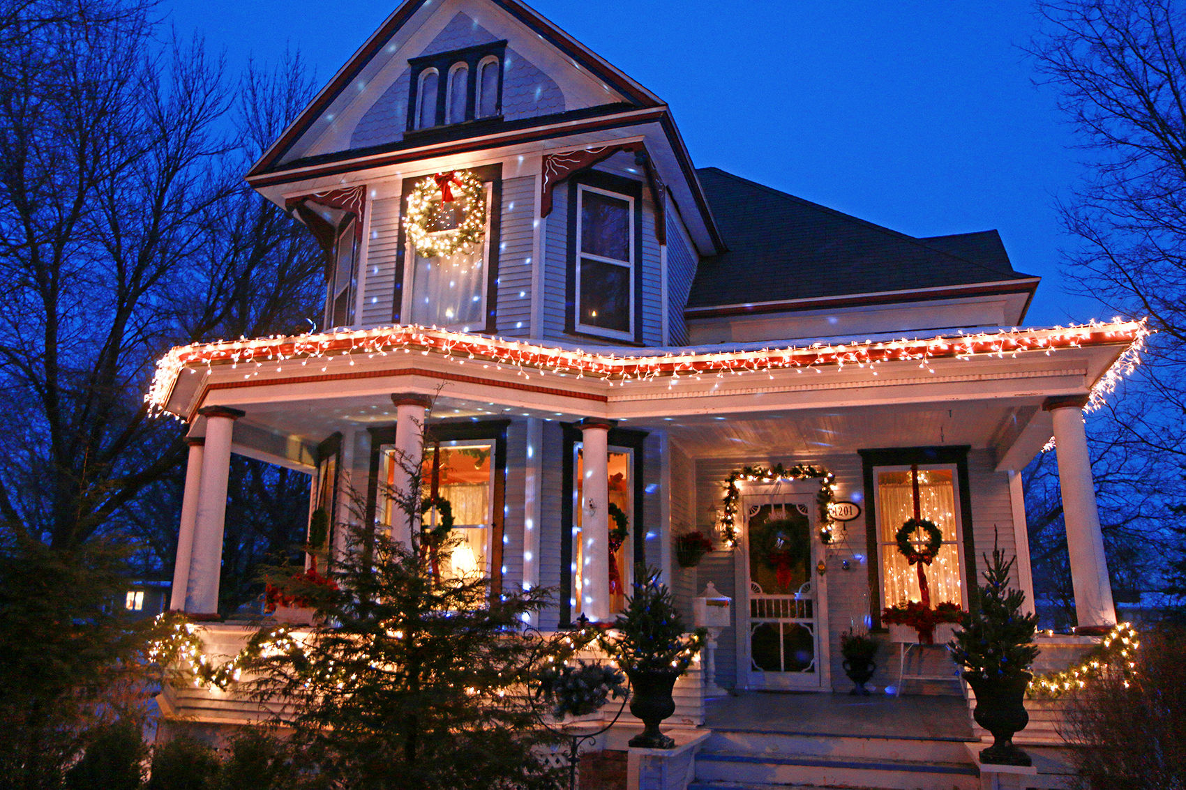 Vintage Christmas Messerole family decorates Hill Avenue