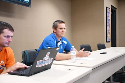 Woudstra talks tech at Sioux Center board