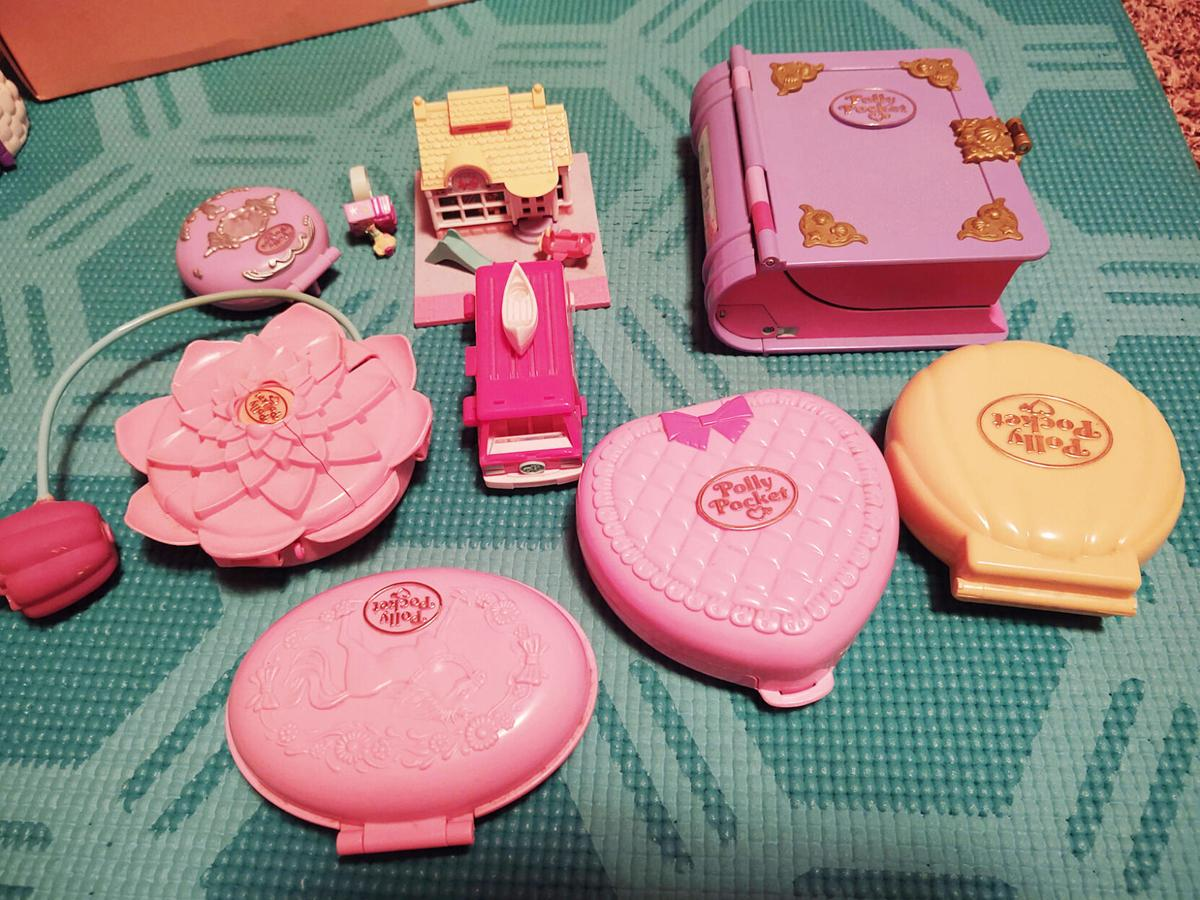 Polly Pocket play time