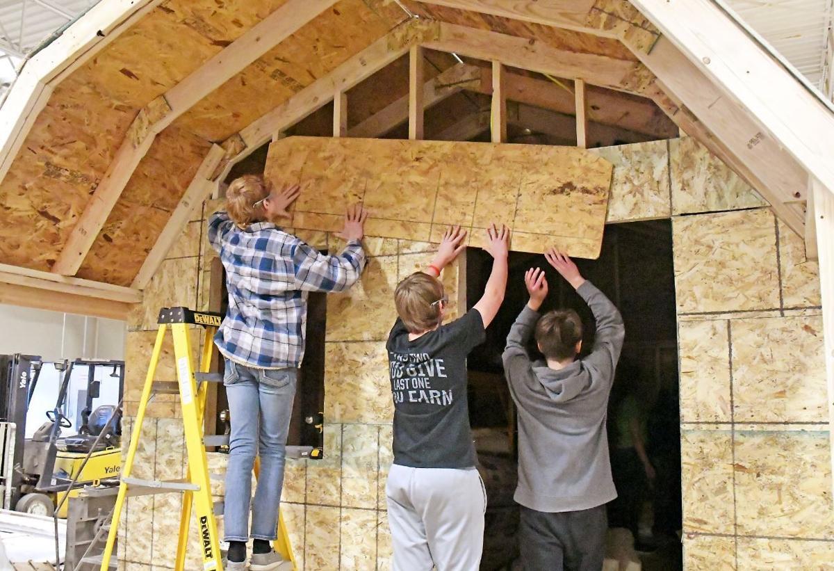 Rock Valley students build cabin