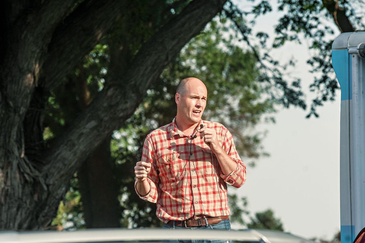 J.D. Scholten speaks in Sioux Center