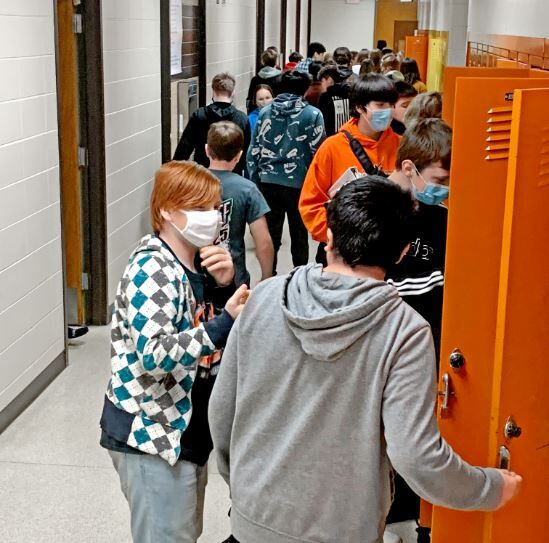 Sibley-Ocheyedan students talk in halls