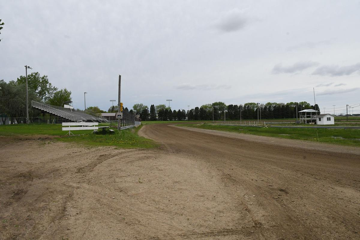 Sioux Speedway today