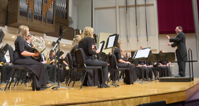 Onsby Rose conducts Wind Symphony