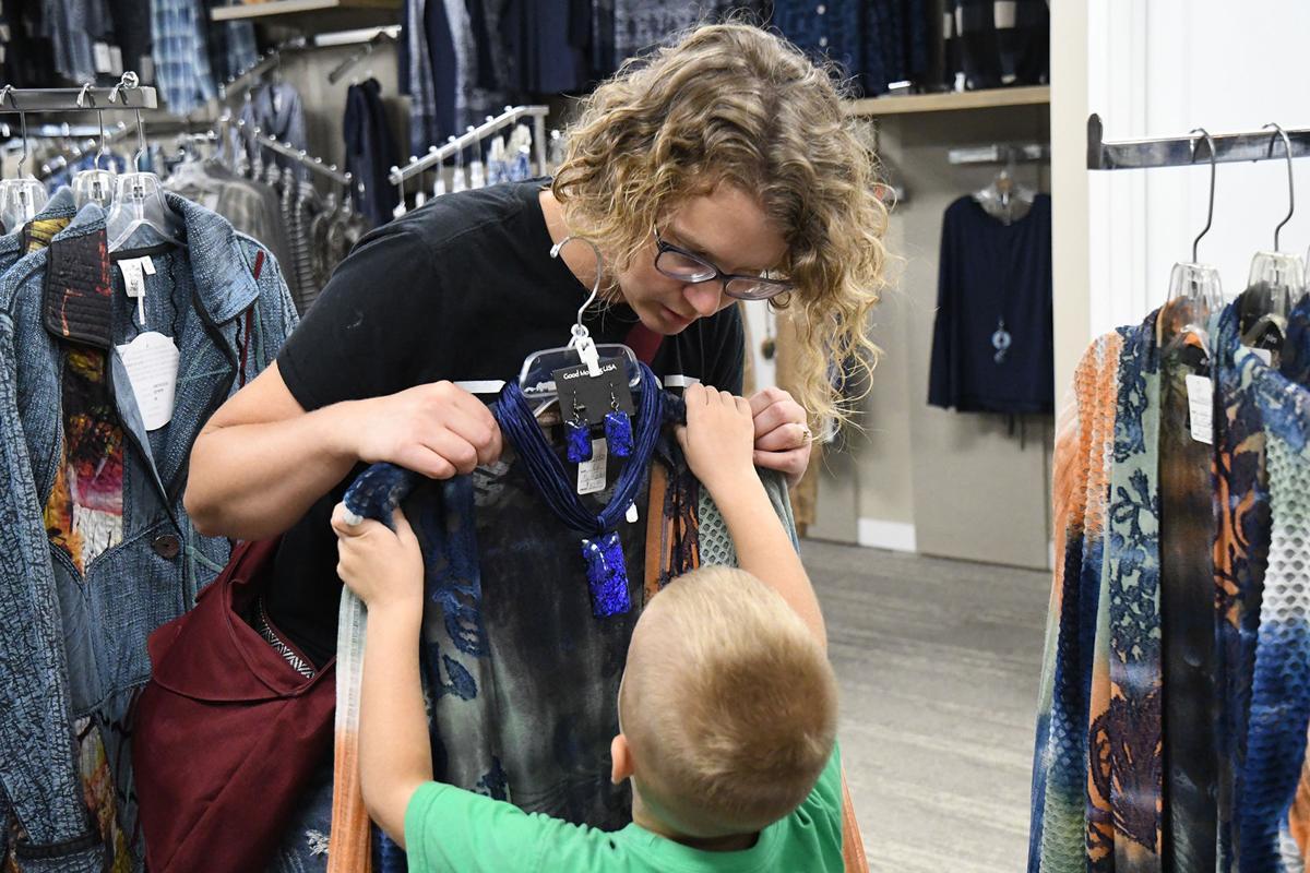 Katie Wieringa shopping