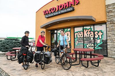 British cyclists visit Taco John's