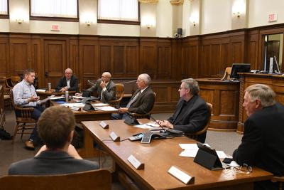 Supervisors meet at courtroom