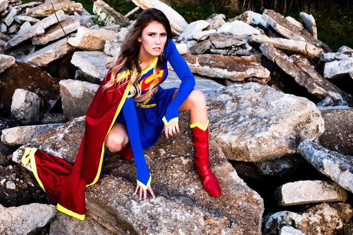Selina Supergirl