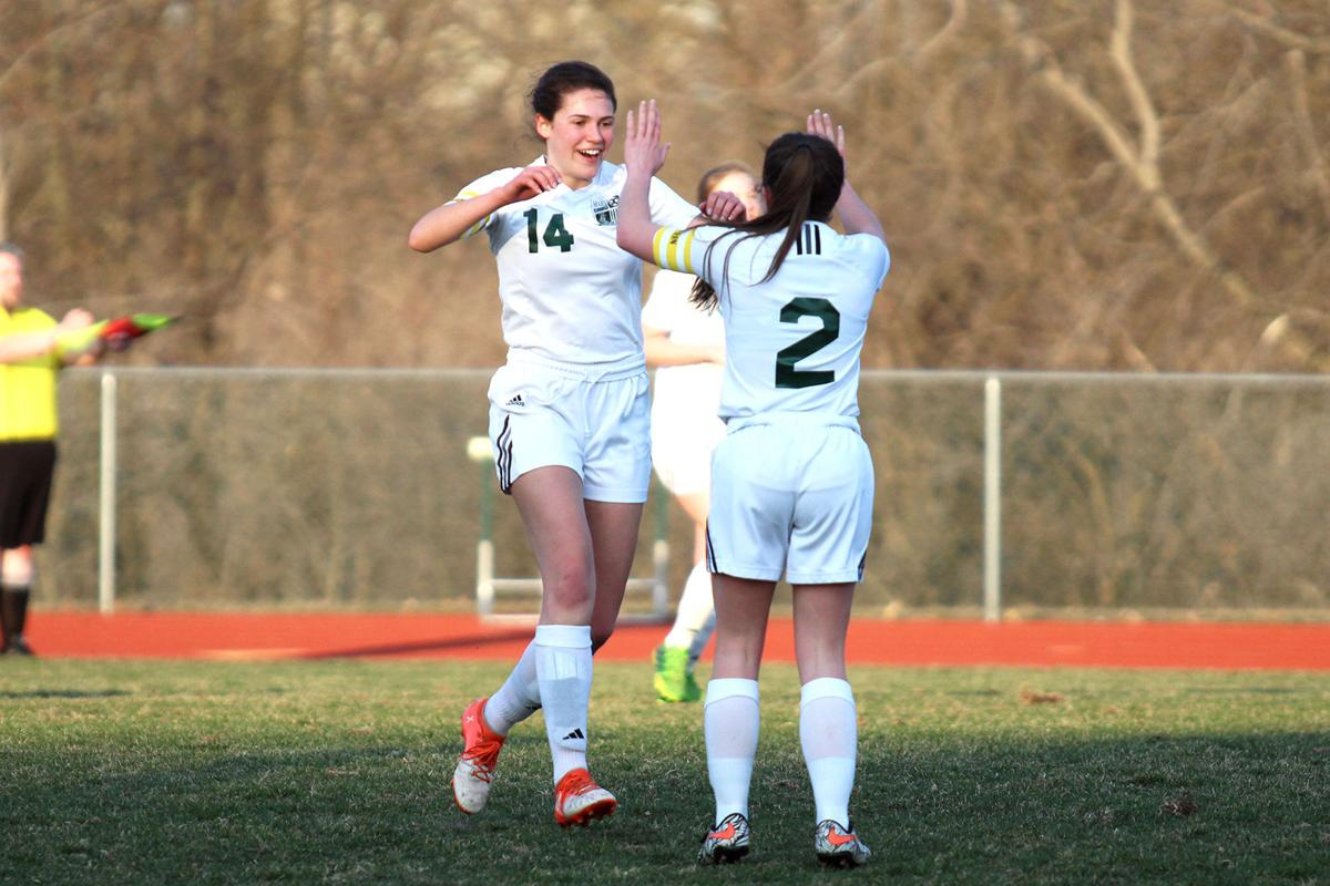 Maryville girls soccer breezes by Savannah in first match
