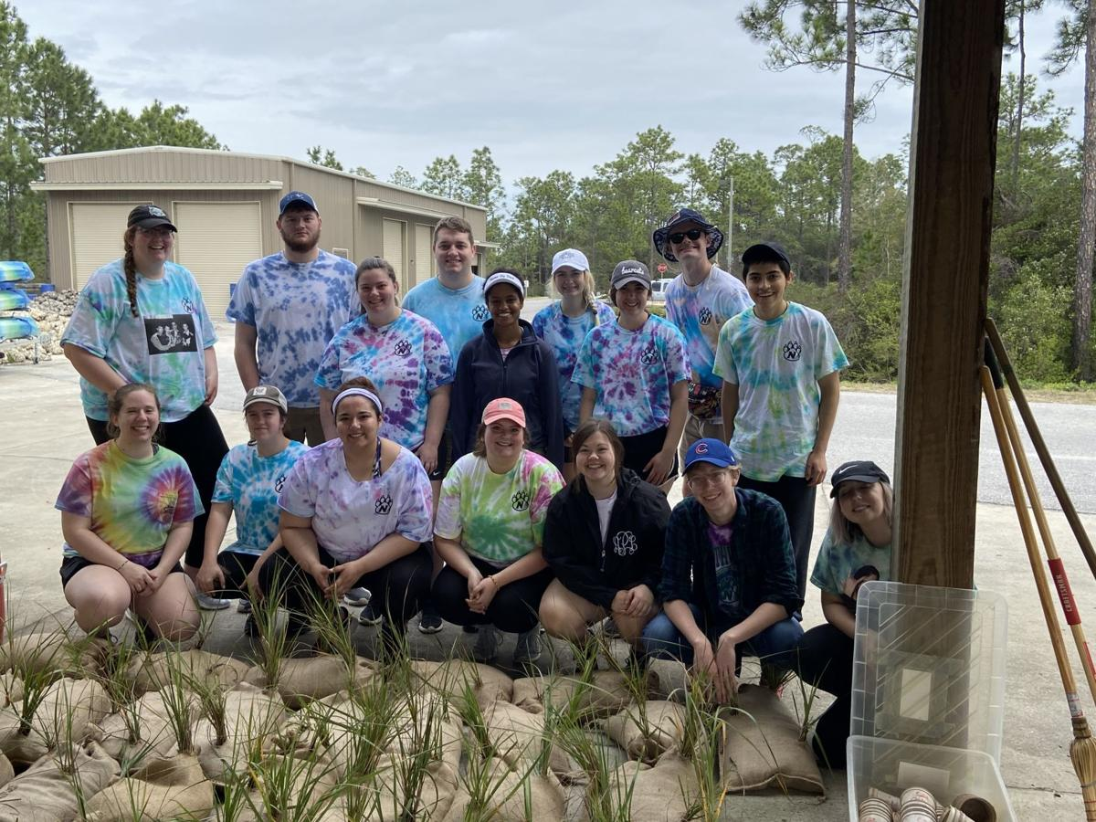 Alternative Spring Break continued service project despite virus concerns