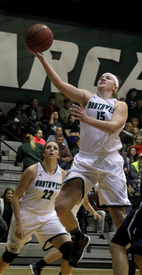 Northwest defeats Lincoln 63-59