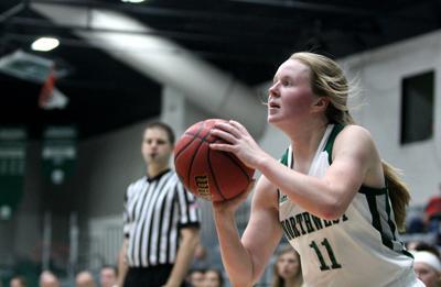 Women's basketball starts season 0-2