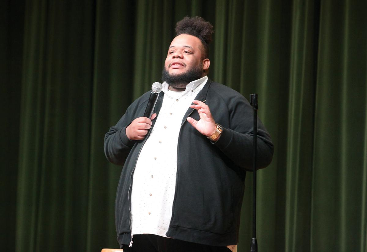 Northwest SAC comic interacts with crowd through improv