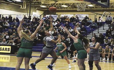 Lady Falcons blow out Cougars; Still unbeaten