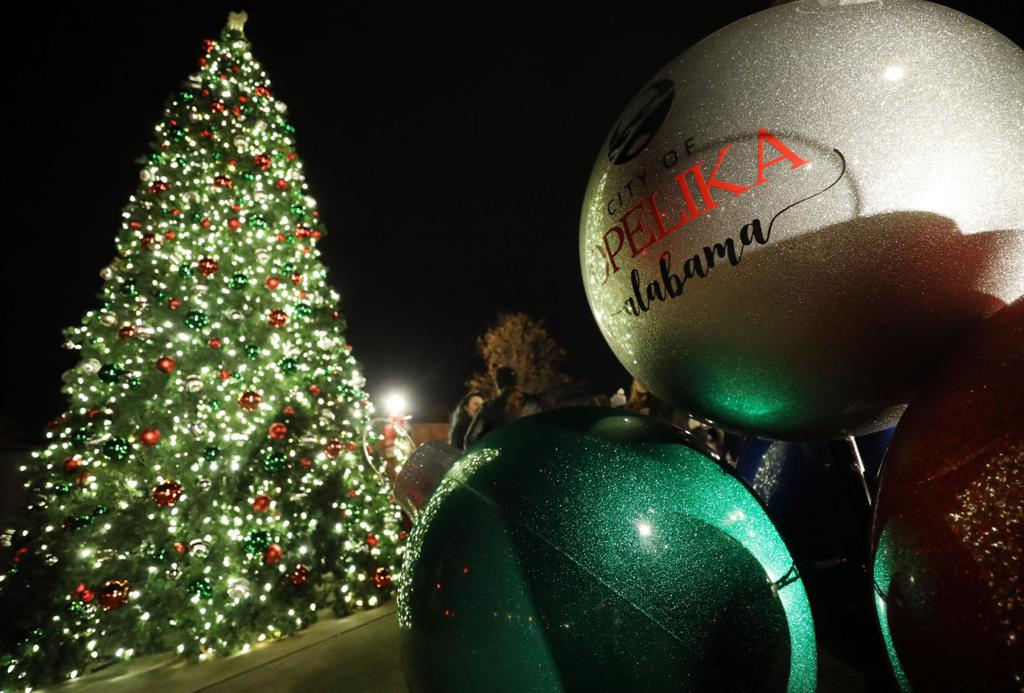 Auburn Christmas Events 2021 Holiday Events A Guide To All That Is Happening Throughout The Area Local News Oanow Com