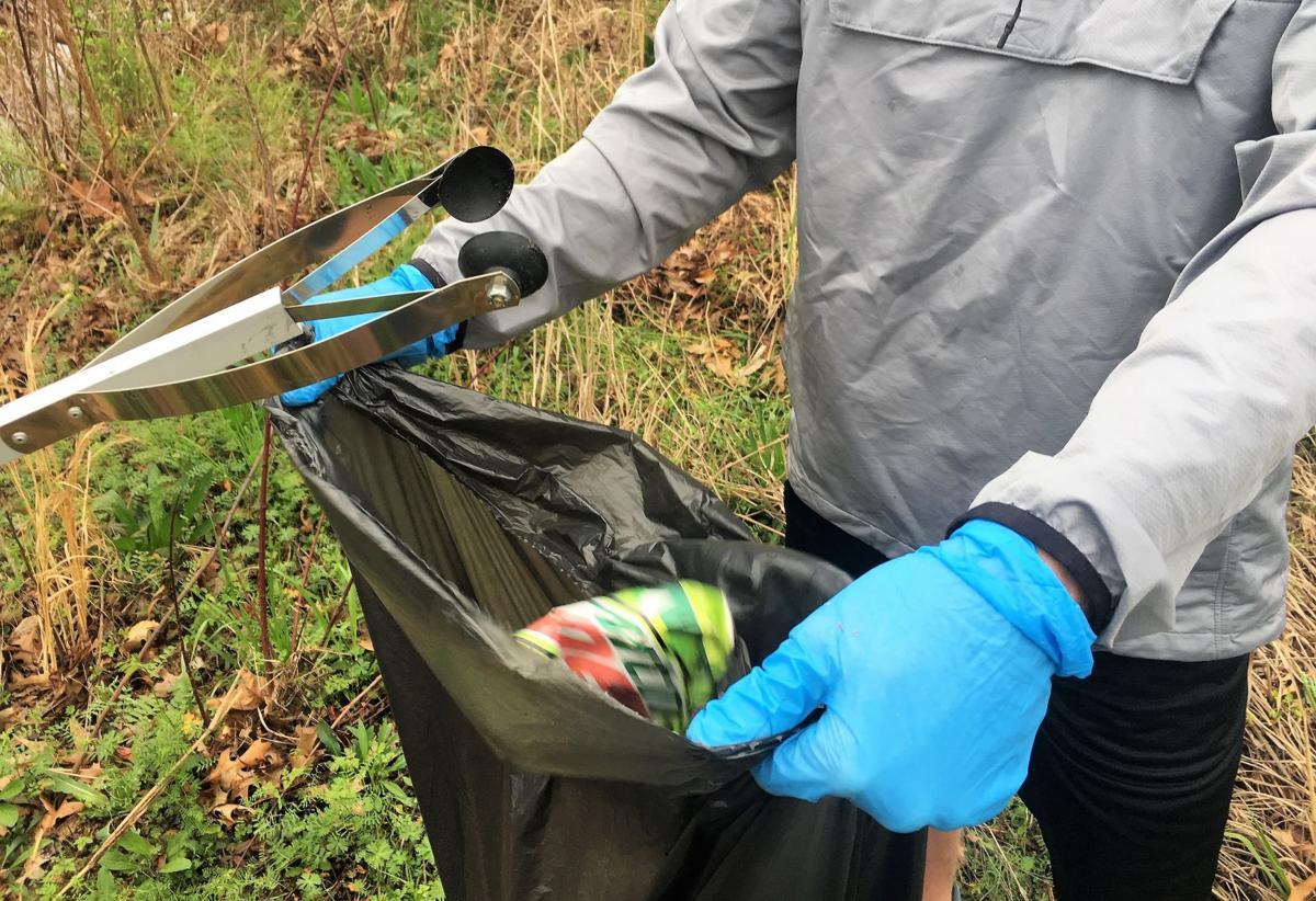 Creek Cleanup2.JPG