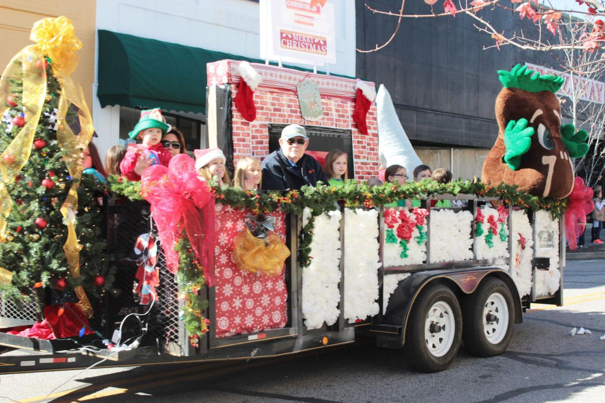 opelika christmas parade - How To Decorate A Christmas Parade Float