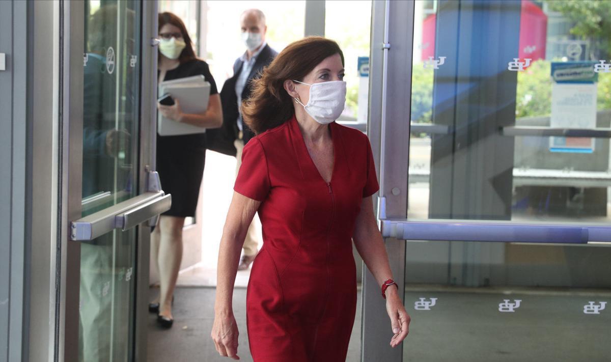 Lt. Gov. Kathy Hochul tours Jacobs School of Medicine
