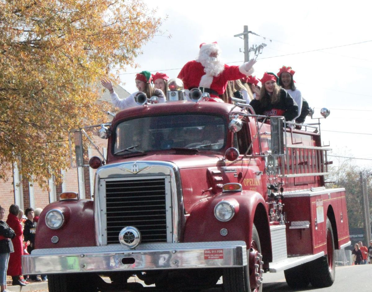 When The Christmas Parade In Auburn Al 2020 Opelika Christmas parade making a comeback | Local News | oanow.com