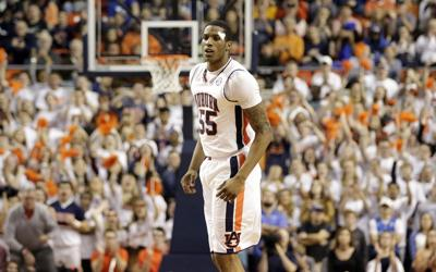 Stitched And Ready Auburn To Turn To Tough Horace Spencer
