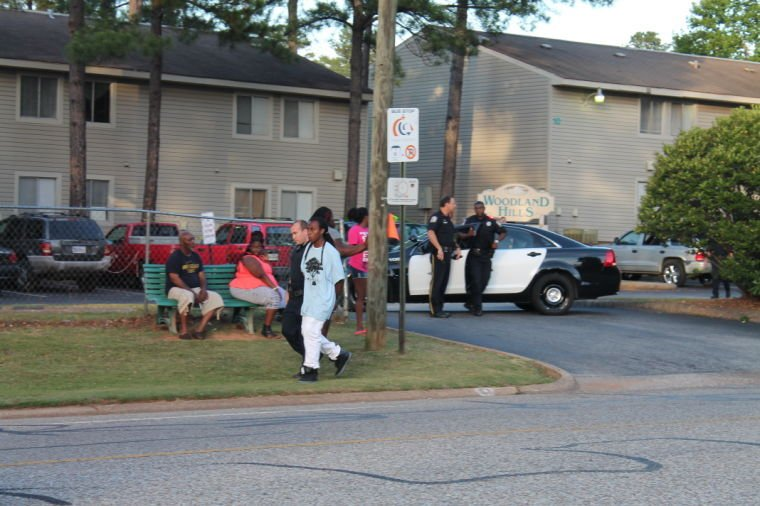 shots fired at woodland hills apartments one in custody auburn. Black Bedroom Furniture Sets. Home Design Ideas