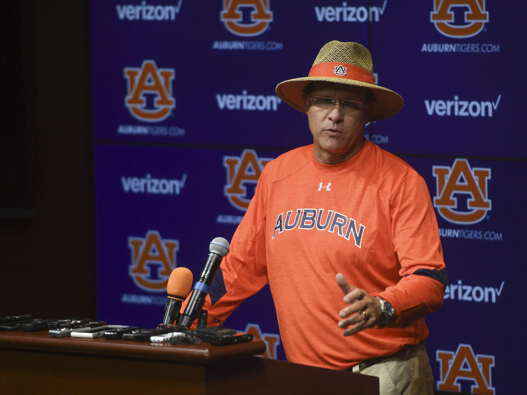Gus Malzahn Names New Starting Quarterback at Auburn