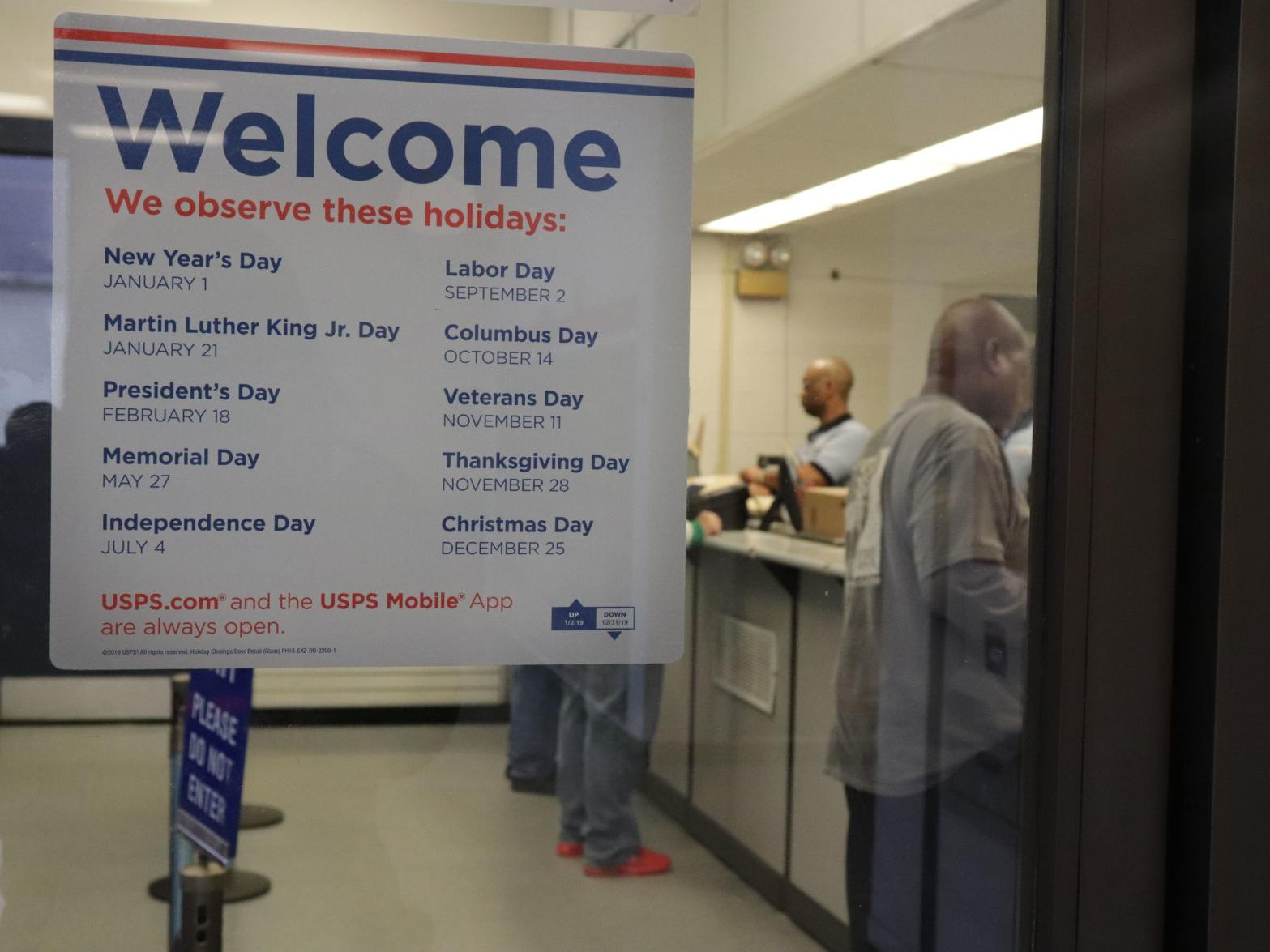 Usps Christmas Rush 2020 Post office keeps up with Christmas rush | Local News | oanow.com