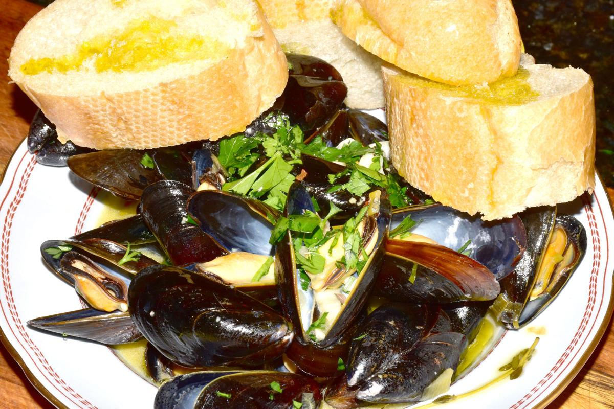 Sikes Mussels