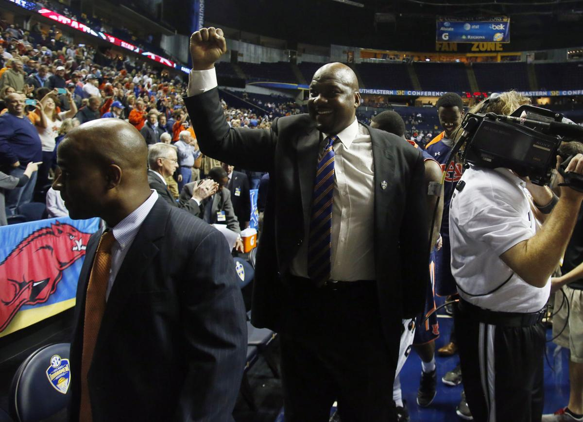 Chuck Person released from custody ordered to appear in federal