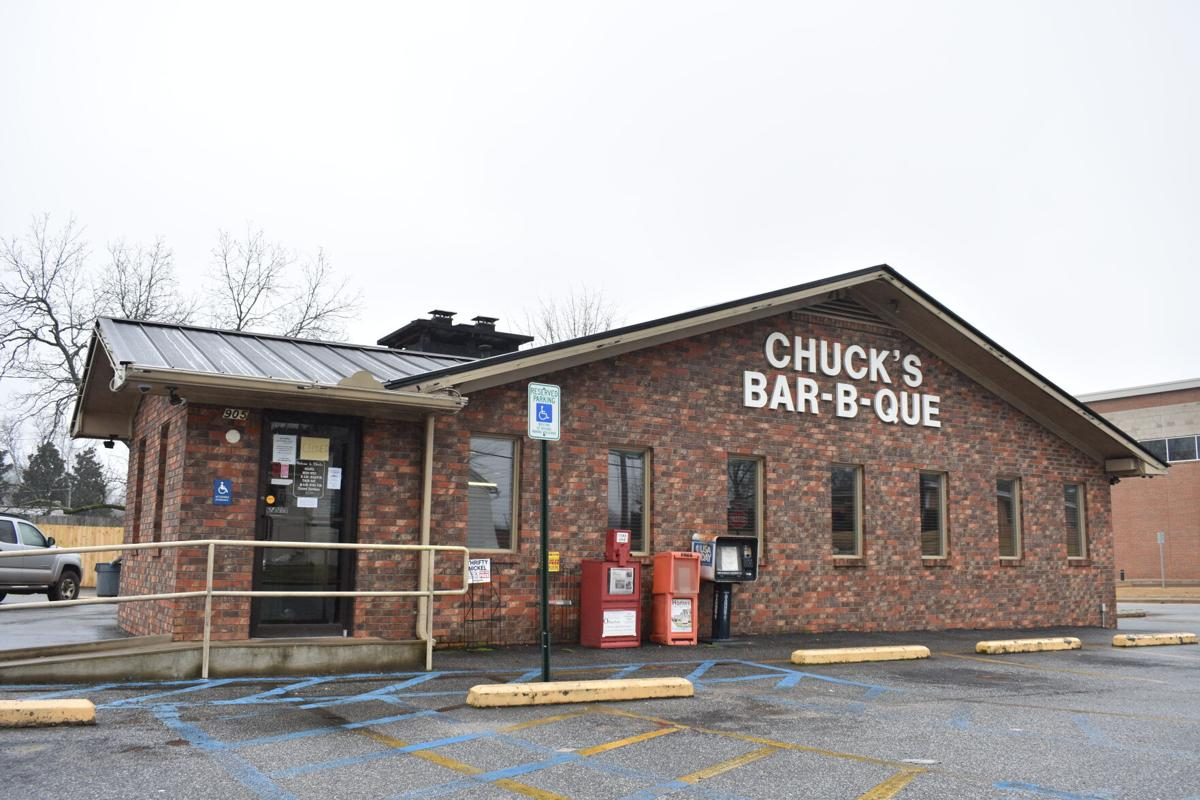 Chuck's Bar-B-que.JPG