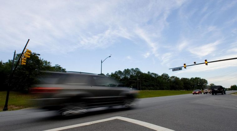 Red light's operation concerns Auburn residents (copy)