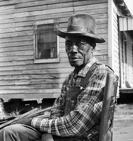William Wright photographs Draketown man