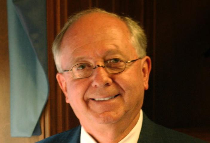 TURNER: Ed Richardson steps up -- again