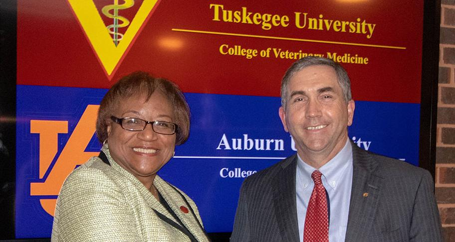 Auburn, Tuskegee vet schools sign historic agreement