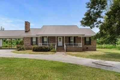 3 Bedroom Home in Salem - $349,900