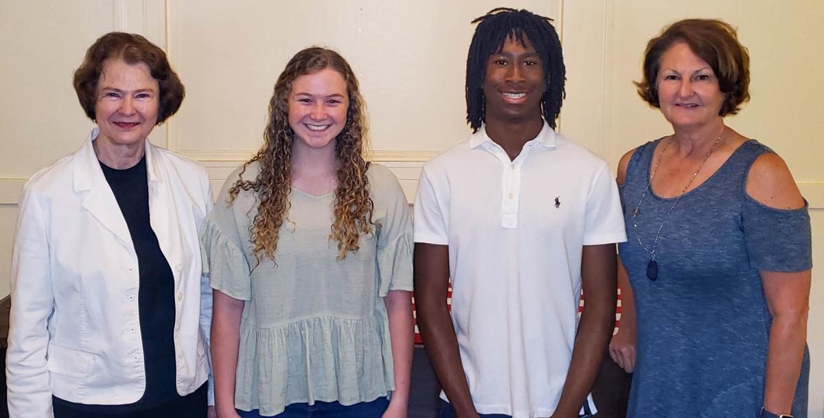 Community Foundation of East Alabama awards 11 scholarship to recent high school grads