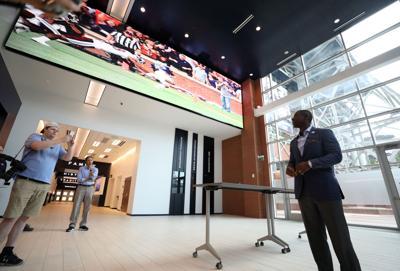 Auburn football gameday facilities