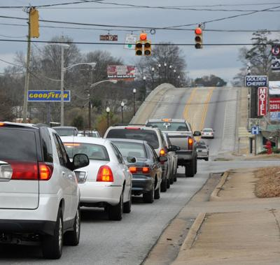 Picture this: Opelika council mulls red-light cameras