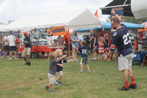 Auburn Family comes home for the weekend