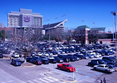 Auburn University trustees tackle campus parking | Auburn
