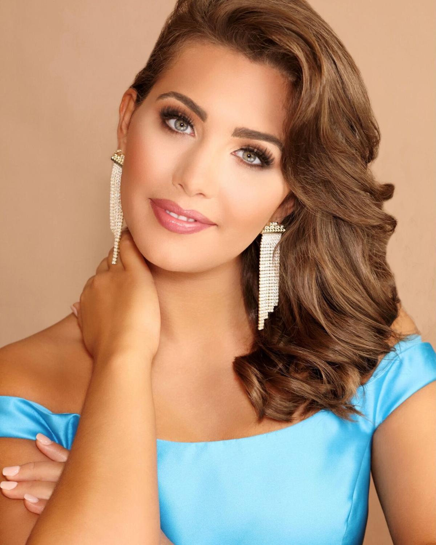 Lauren Bradford's 2021 Miss Alabama Headshot