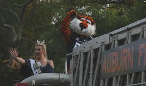 Auburn University Homecoming Parade highly anticipated, enjoyed by fans