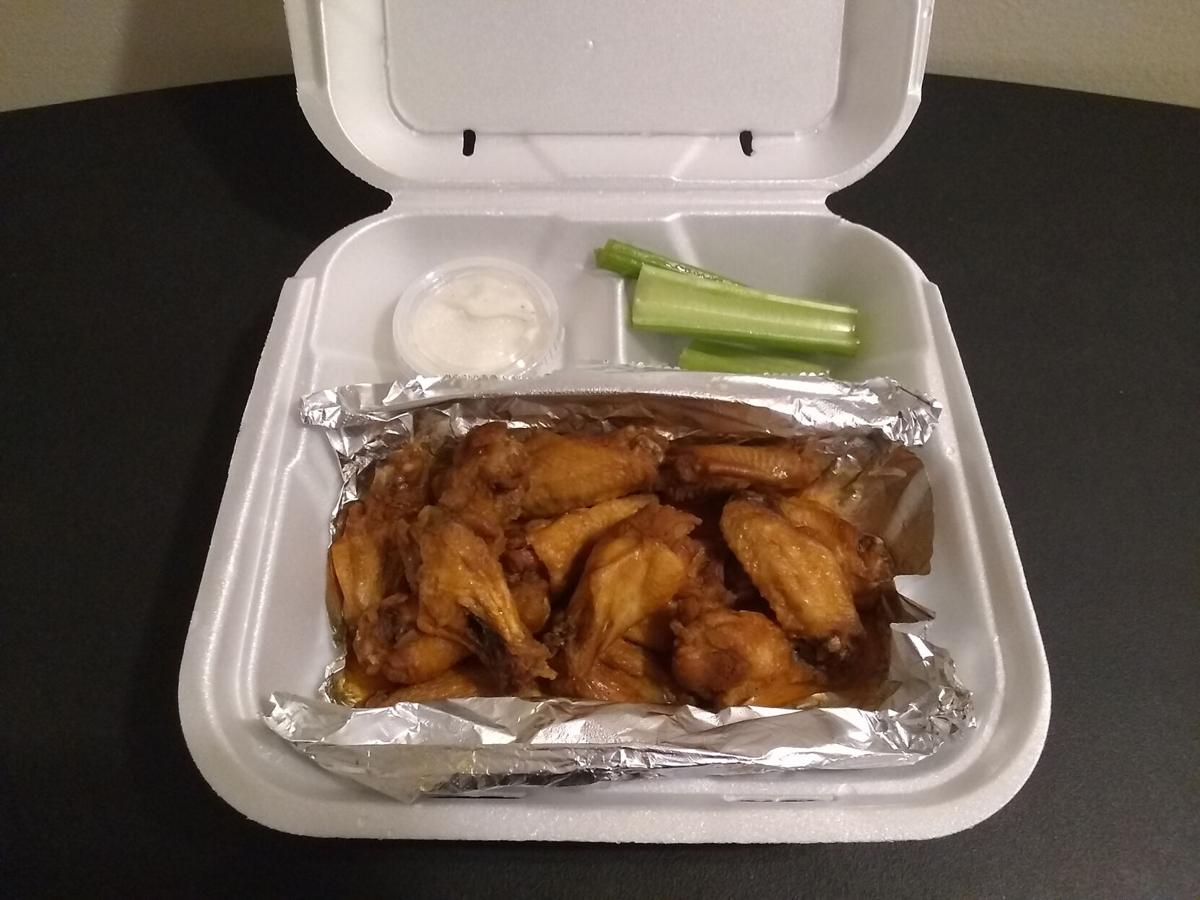 The Dish: Happy to beg for Proud Willie's wings